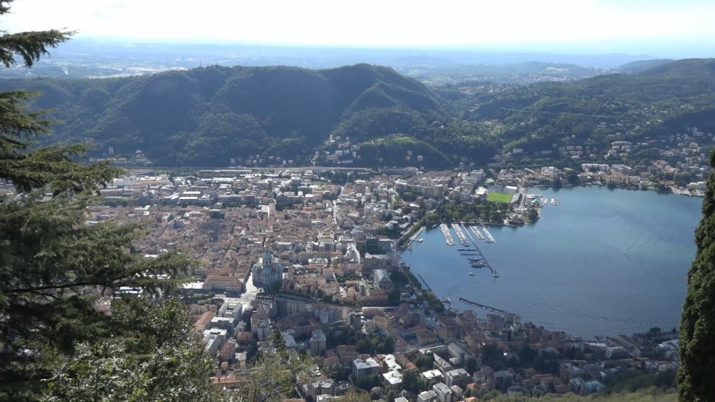 Como visto da Brunate